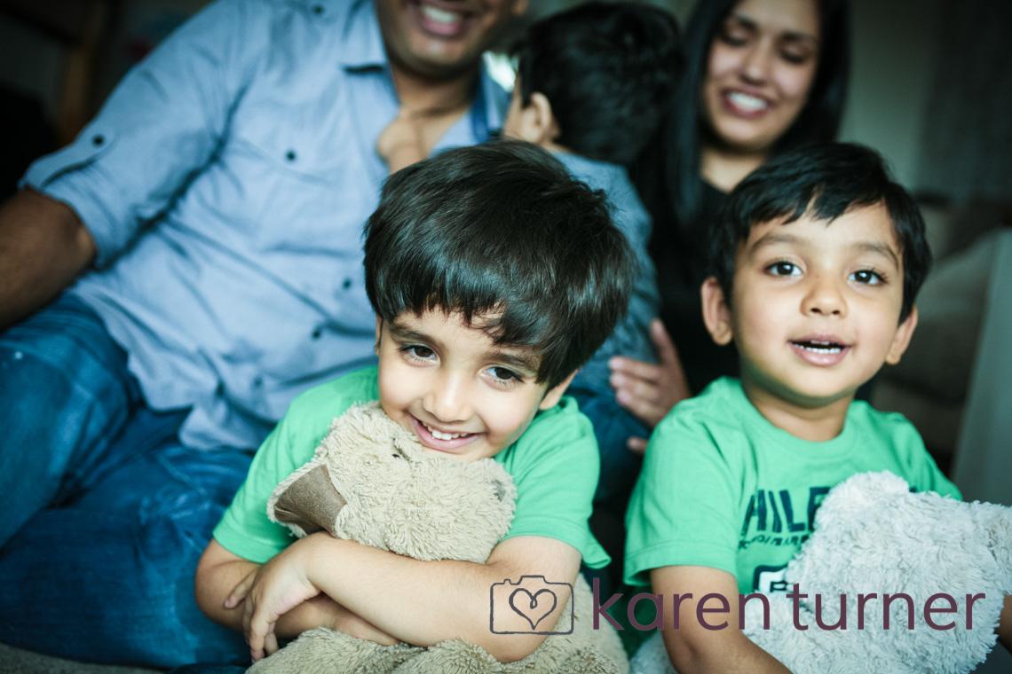yogita, rajan & boys-25